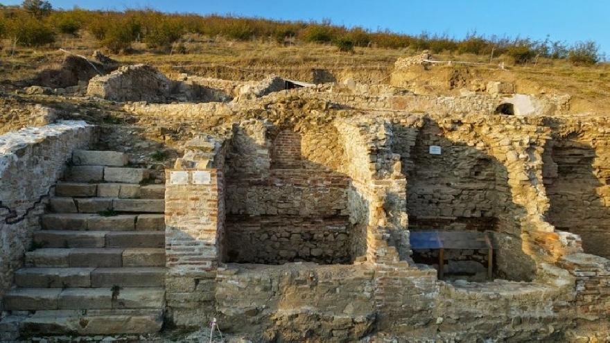 Изграждат комплекс с бунгала, детски лагер и басейни край  Хераклея Синтика