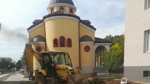 Цветна алея ще свързва църквата и кметството в Катунци