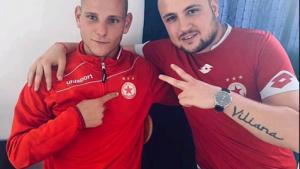 Звездата на Пирин Гоце Делчев Павел Головодов отпразнува победата на ЦСКА над Левски