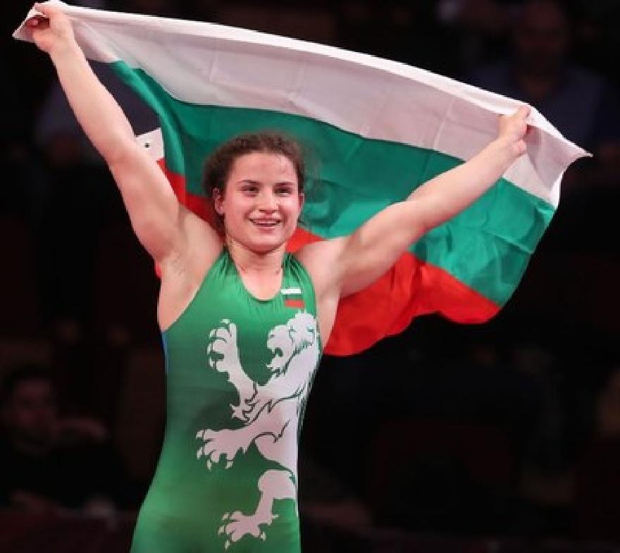 Биляна Дудова  стана световен шампион по борба